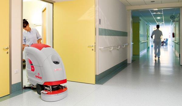 Mersa Maquinaria y Útiles de Limpieza -Hospitales y Residencias - Fregadora Comac